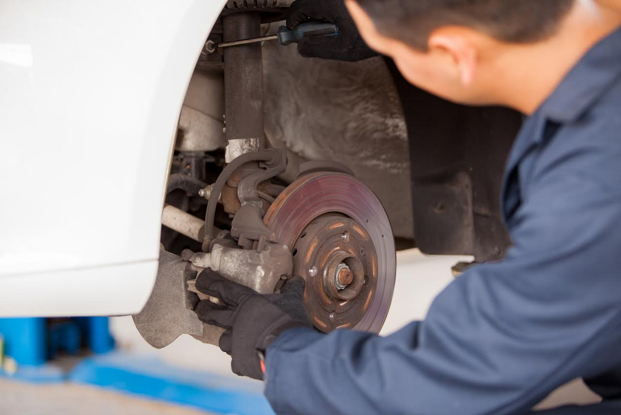 Auto Brake Maintenance And Repair Brake Pad Replacement In Rock